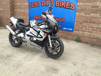 Picture of CBR250RR MC14 MC22